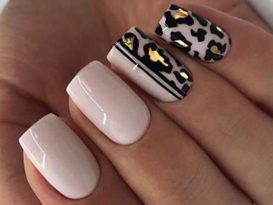 фольга на ногтях и животный принт