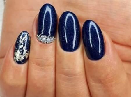 темно-синие ногти