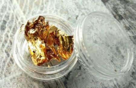 золотая фольга