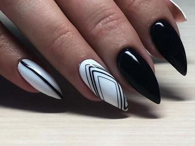 паутинка на ногтях