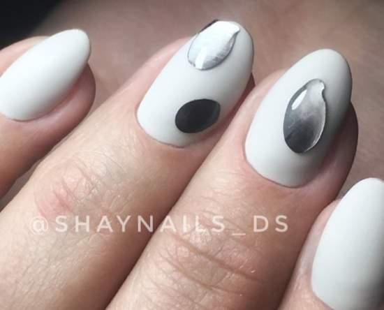 жидкий металл на ногтях - дизайн на свадьбу 2019