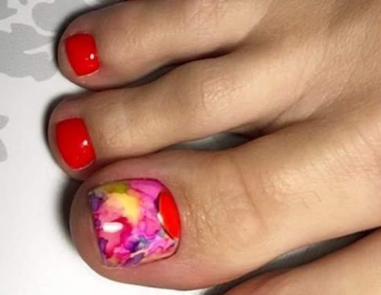 Фото педикюра 2019 года: выбираем самый модный дизайн ногтей