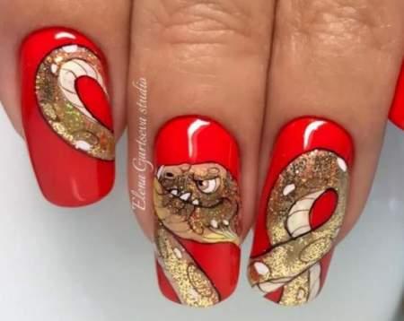 Маникюр со змеей: создаем опасный змеиный дизайн
