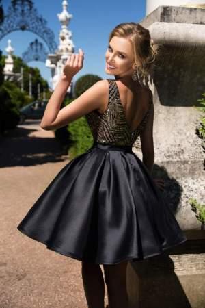 Коктейльное платье — главный маст-хэв женского гардероба