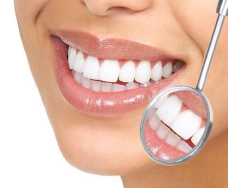 Признаки того, что вам может понадобиться косметический стоматолог